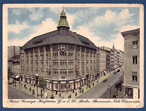 40e1c46c5c01fc Die Francotypmaschine wanderte wohl kriegsbedingt am 18.2.1945 in das Tietz  – Hertie – Union - Kaufhaus in die Brunnenstraße 19 – 21 zugehörig  Postbezirk N ...